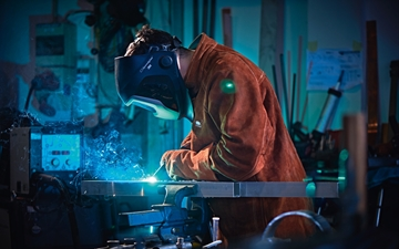 MIG welding.  Part of the SME shooting 2017: new look and feel and tone of voice for SME